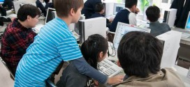子供向けプログラミング体験教室の様子